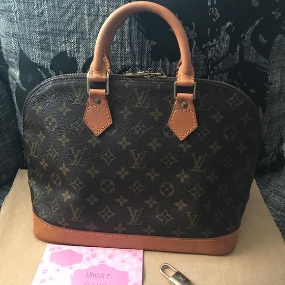 Louis Vuitton Bags   Soldauthentic Alma Monogram Pm   Poshmark ca539c765f